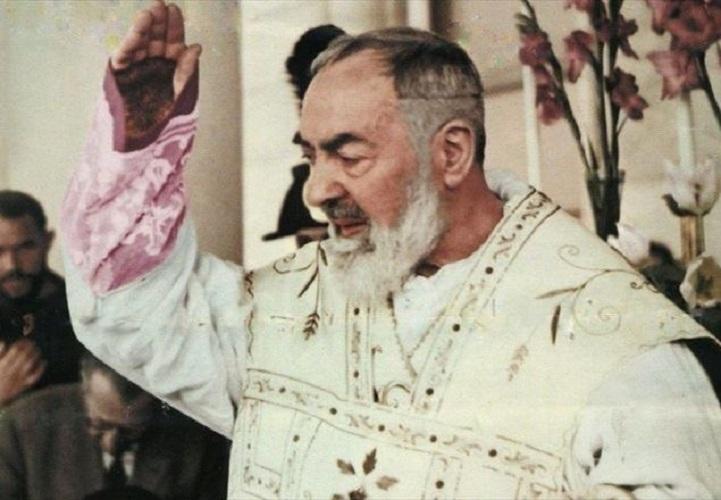 Il Rosario con Padre Pio.