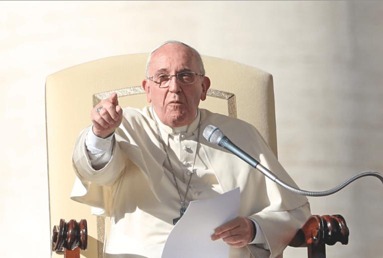 Il Papa parla della tragedia delle prostitute