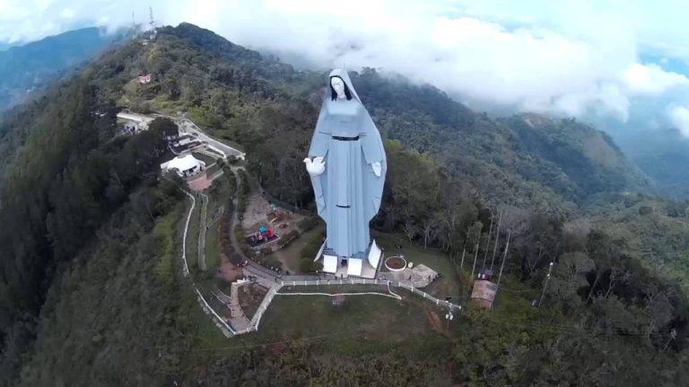 La 'Virgen de la Paz', la statua raffigurante la Madonna più alta del mondo